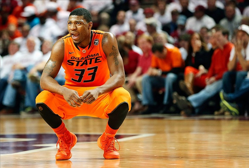 Marcus Smart Loses His Temper Pushes A Fan In Oklahoma State Loss To Texas Tech