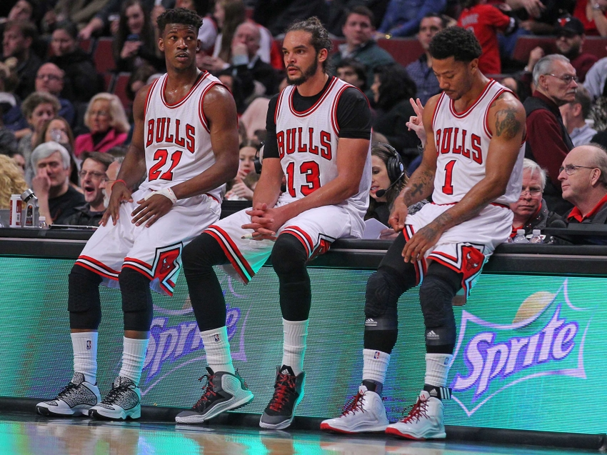 a4ace976bcc6 Chicago Bulls  Latest D. Rose Injury Leaves Team With Many Questions