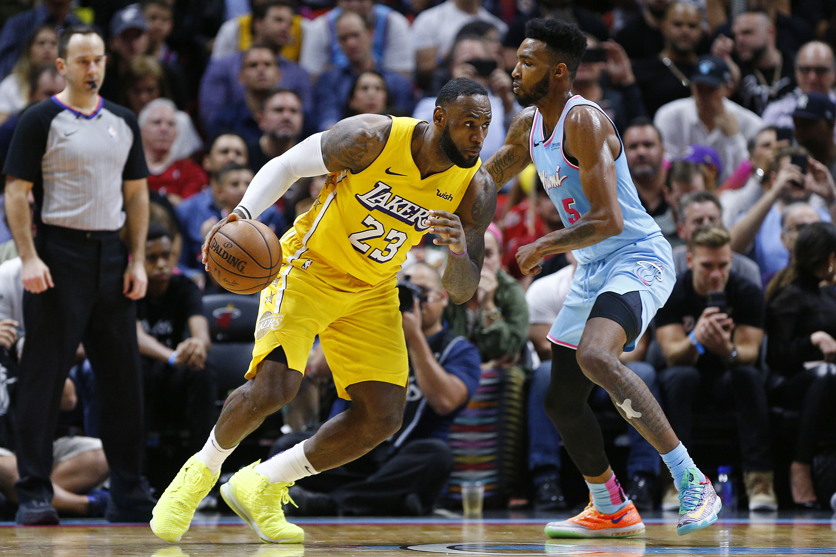 Nba Finals How To Stream Miami Heat Vs Los Angeles Lakers Game 1
