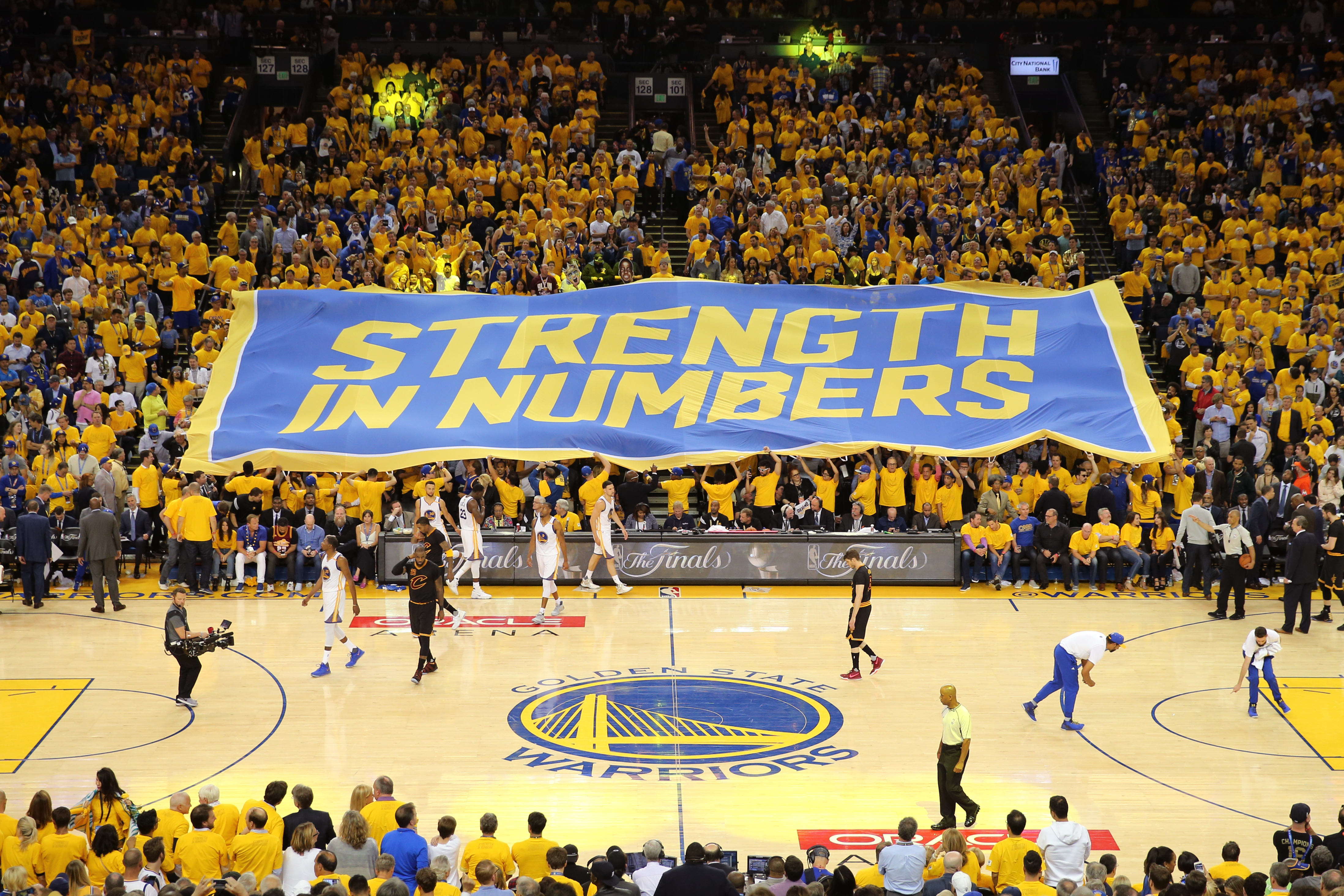 Fandom 250: The case for the Golden State Warriors as the best fans