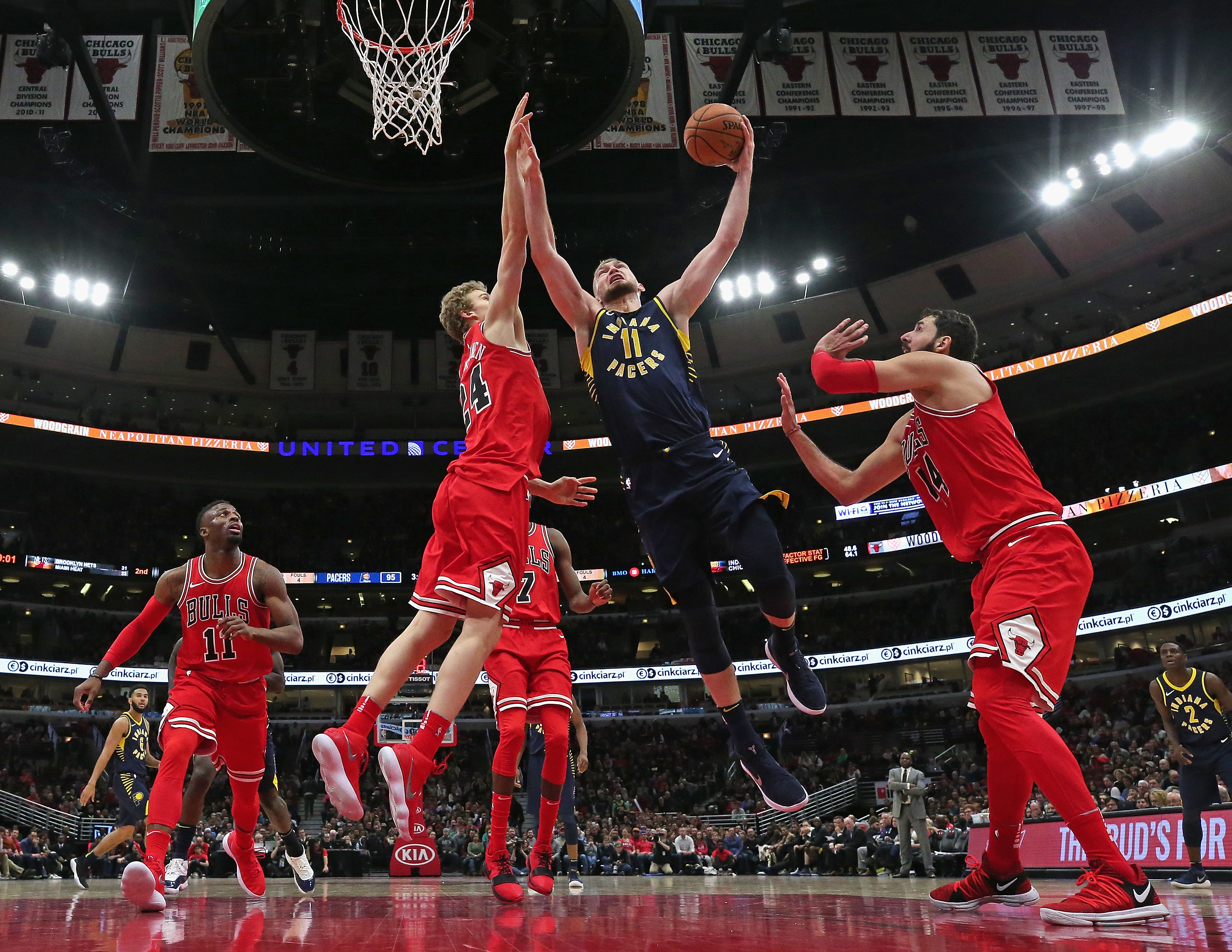 Bulls rally to down Knicks 92-87