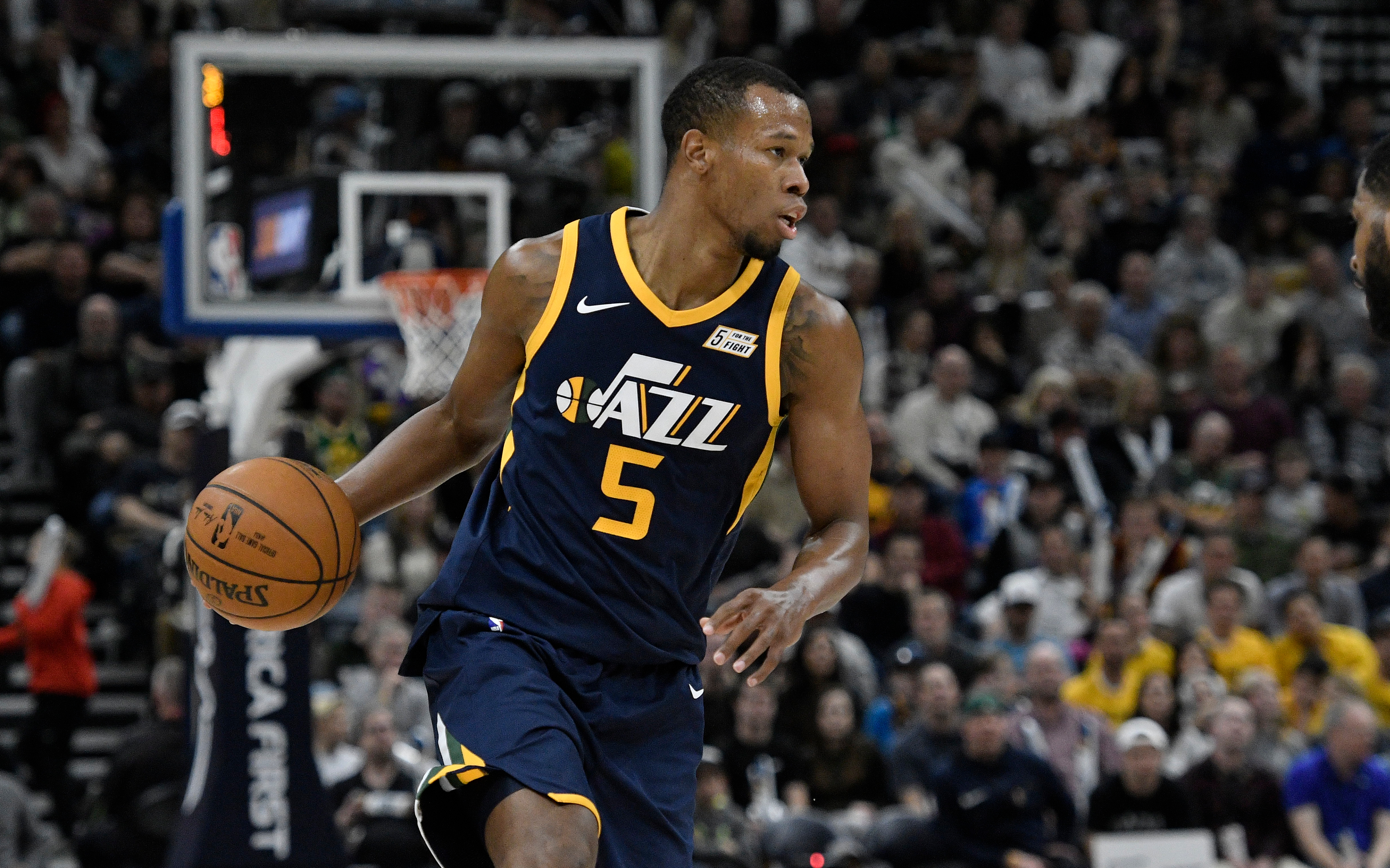 Cavaliers acquire Rodney Hood and George Hill in three-team trade Video