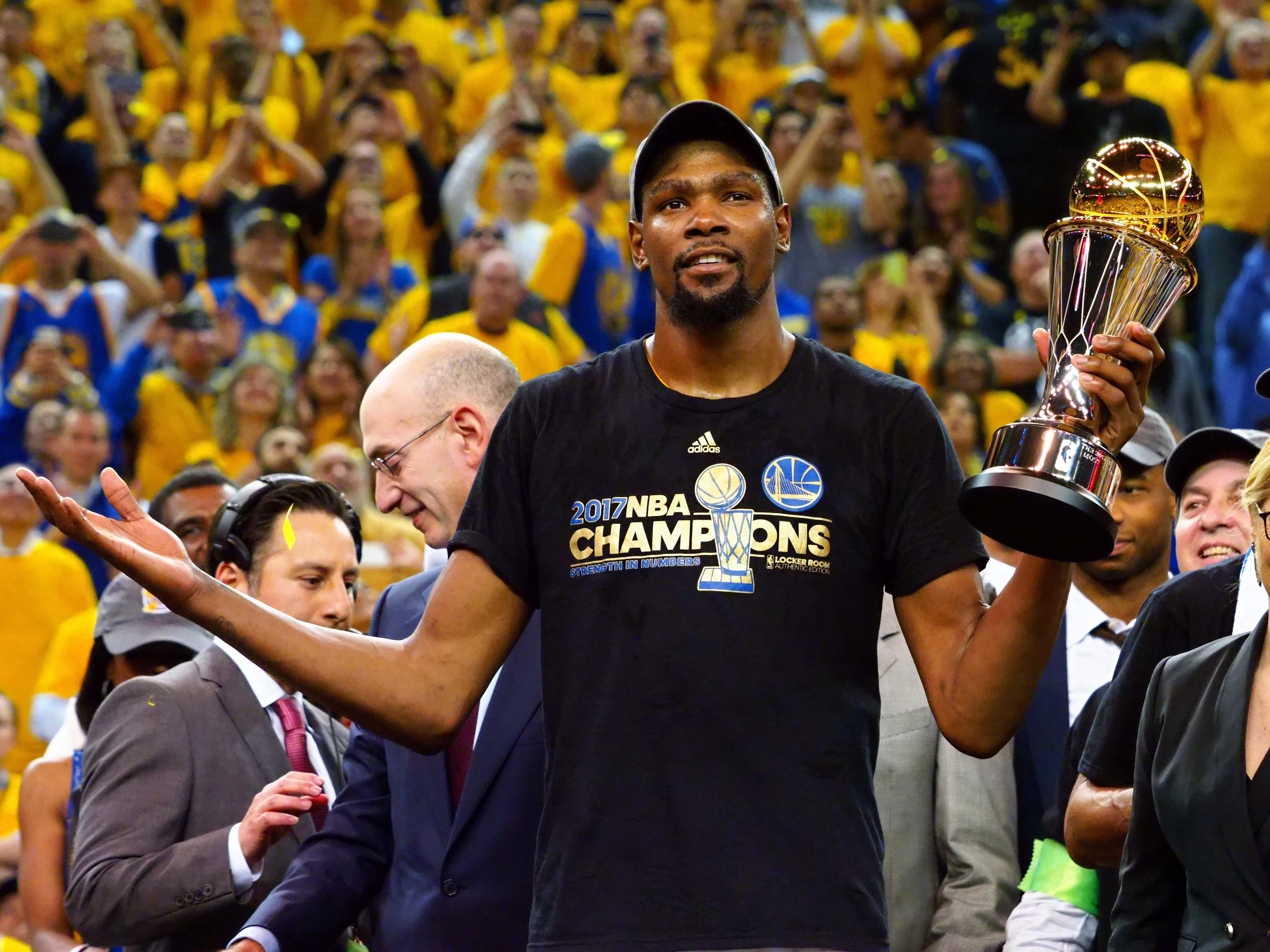 56787b2dbc6 Golden State Warriors  5 reasons they ll repeat as NBA champions in ...