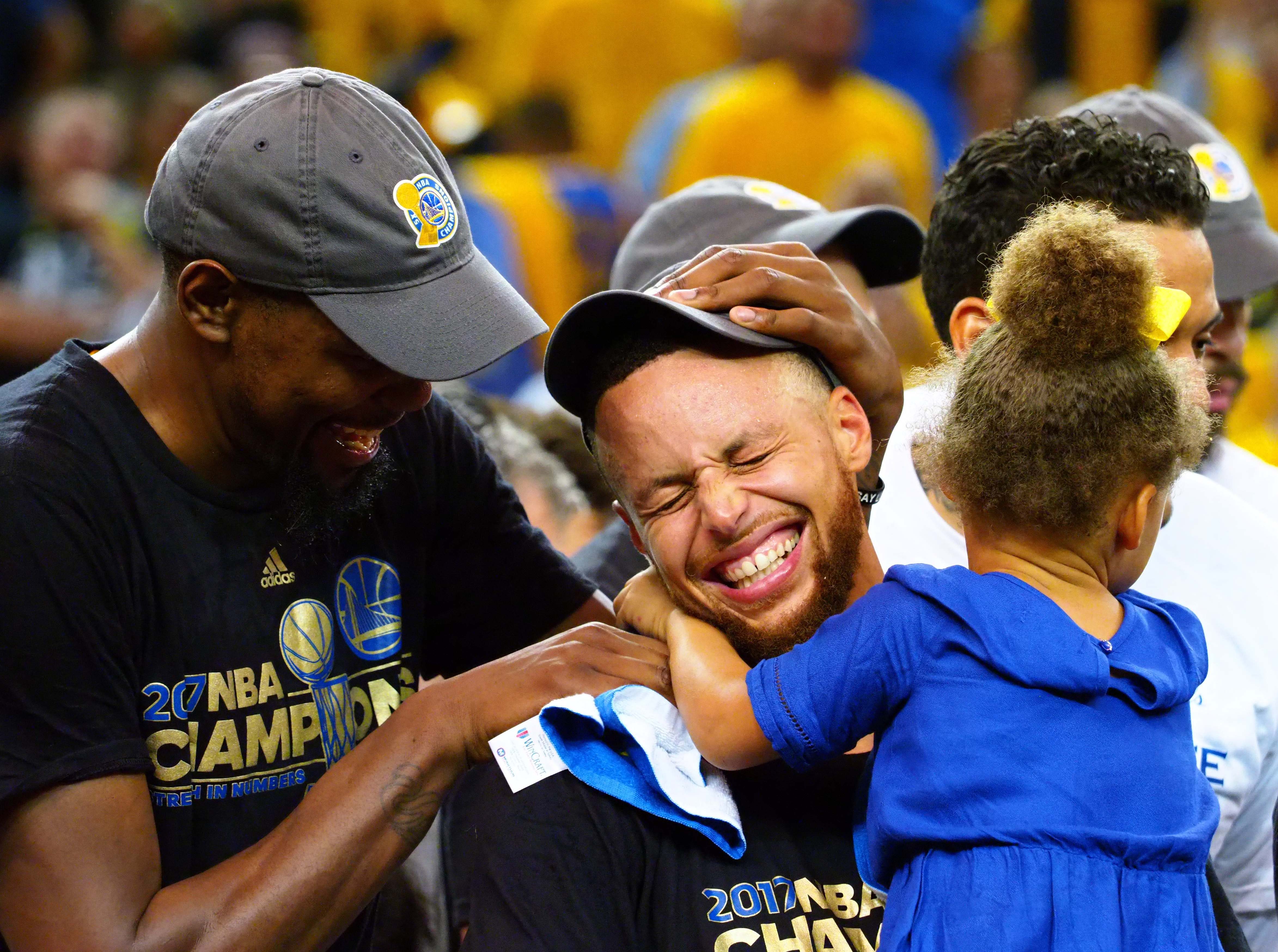 1ccea73609a 5 reasons the 2016-17 Golden State Warriors are the greatest team of all  time