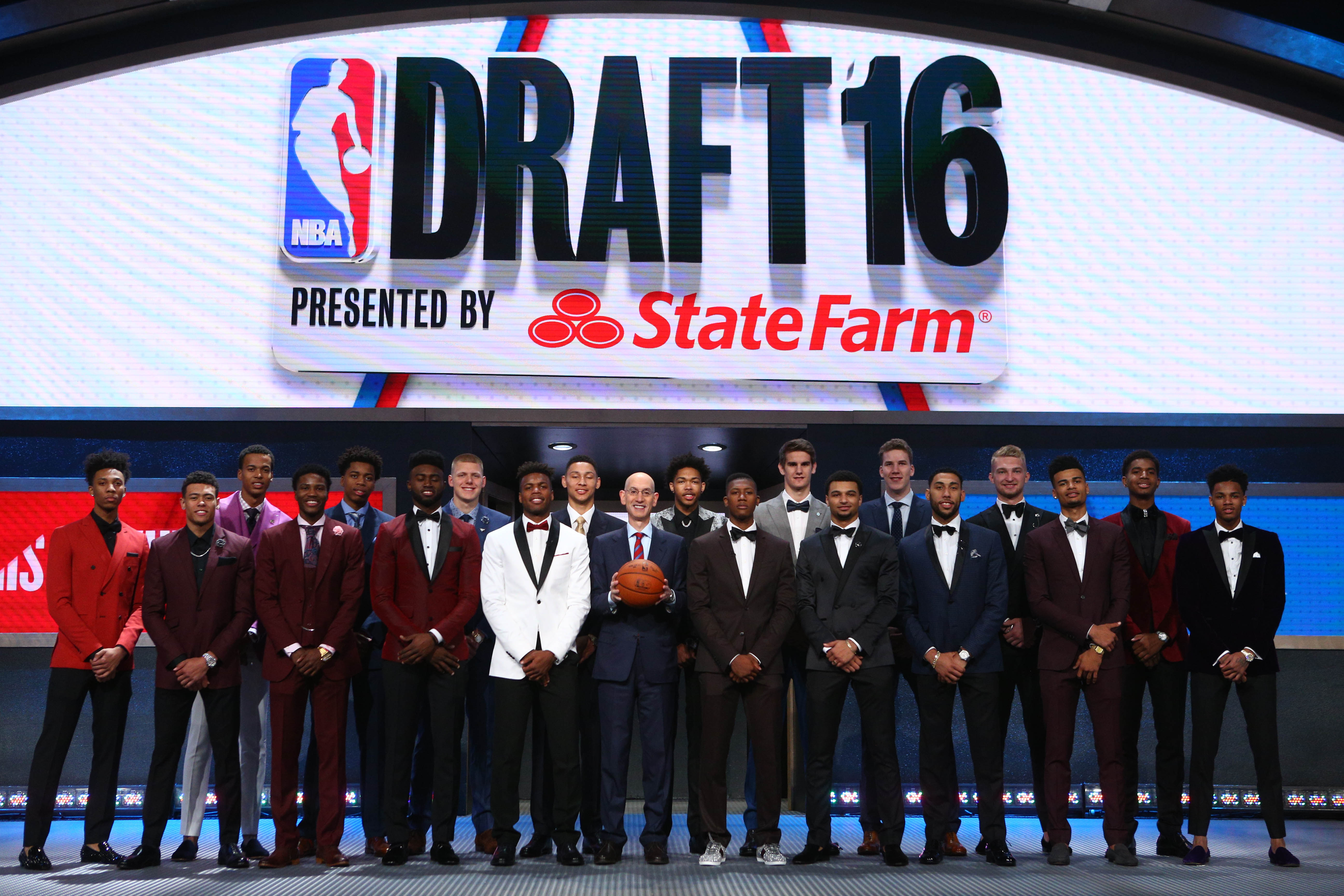 redrafting the entire of the 2016 nba draft class