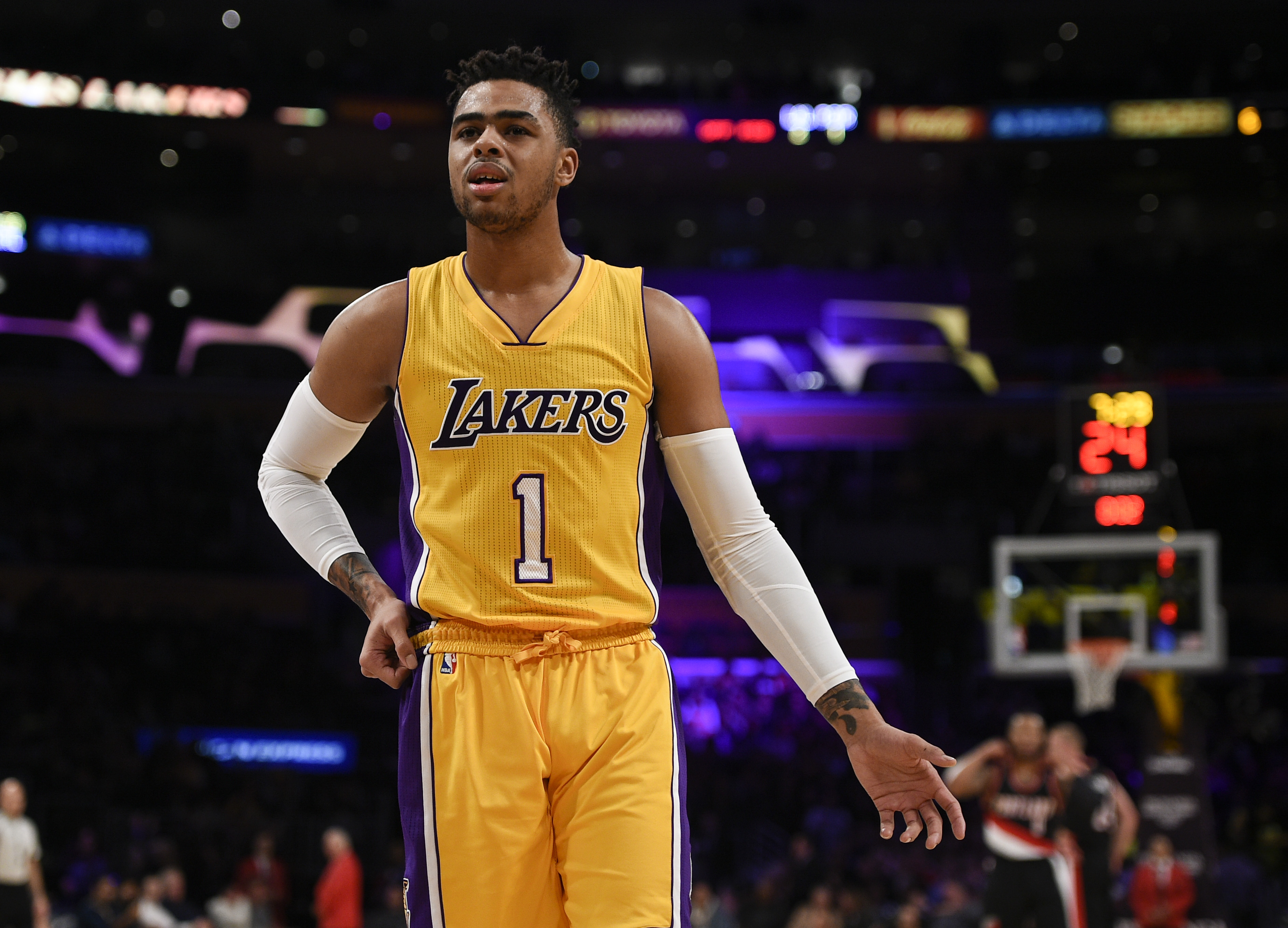 huge discount 0bbcc 4b818 NBA Trade Grades: Lakers trade D'Angelo Russell to Nets for ...