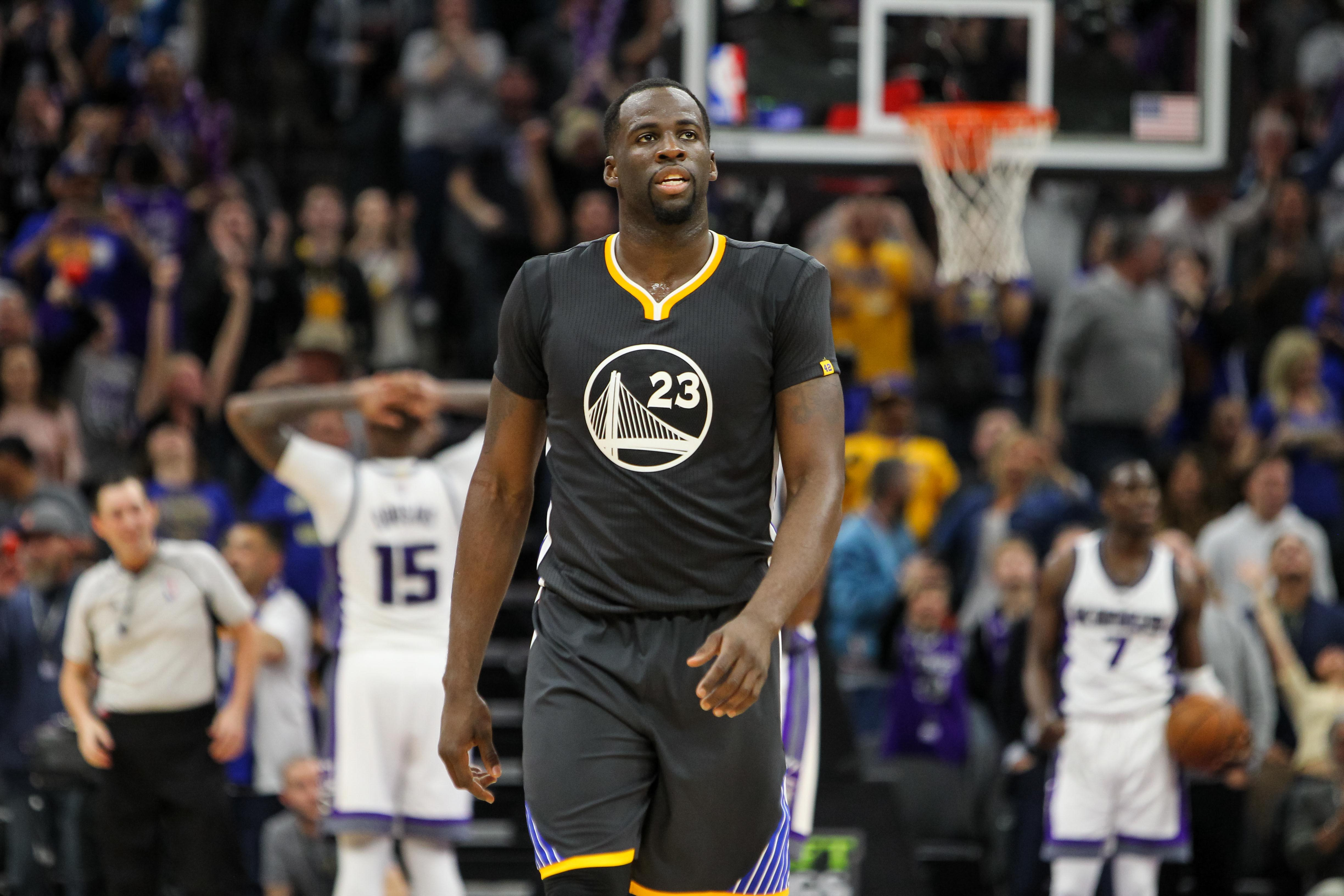 low priced c8173 436e2 Golden State Warriors: Draymond Green Doing Everything ...